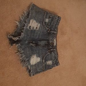 Distressed Pacsun Shorts Size 5